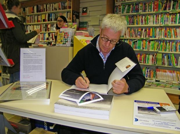Librairie Develay - Villefranche-sur-Saône - 29 octobre 2016 - Photographie de Fabrice Petit